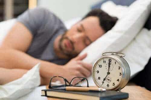 Opi parantamaan unen laatua terveellisten nukkumistapojen avulla