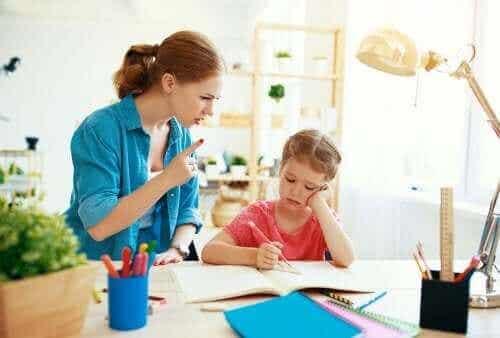 Rajojen asettaminen lapsille on rakkauden teko