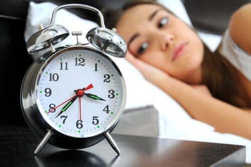 Naisen tulisi oppia parantamaan unen laatua.