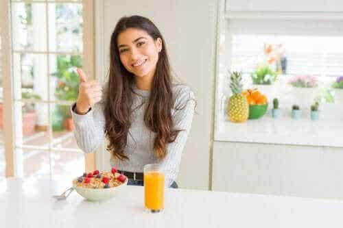 Mitä terveellinen aamiainen sisältää?