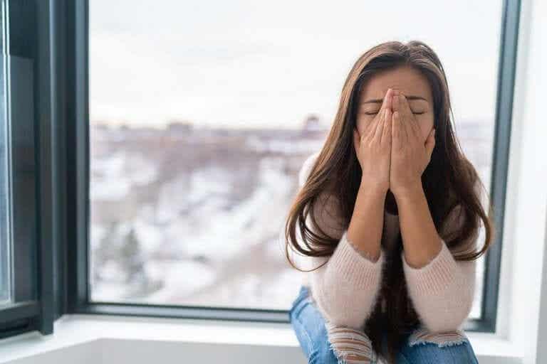 Koronaviruksen aiheuttama pelko: kuinka hallita tunteita