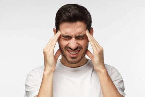 tajunnan menettäminen ja päänsärky