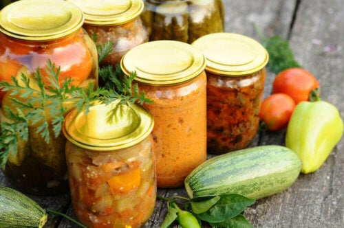 Säilykkeiden pitkä säilyvyys on perustavanlaatuinen etu muihin markkinoilta saataviin elintarvikkeisiin nähden