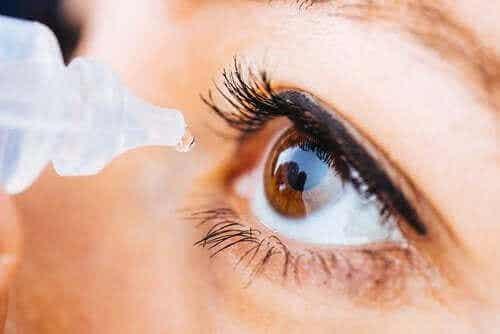 Oksimetatsoliini-silmätipat: käyttö ja haittavaikutukset