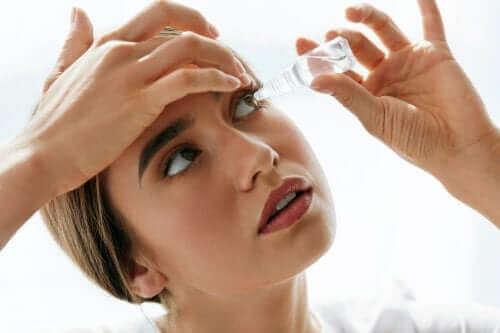 Silmätipat lievittävät silmien ärsytystä