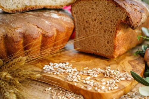 Leivän energiasisältö riippuu pitkälti sen sisältämistä ainesosista ja valmistukseen käytettävästä prosessista