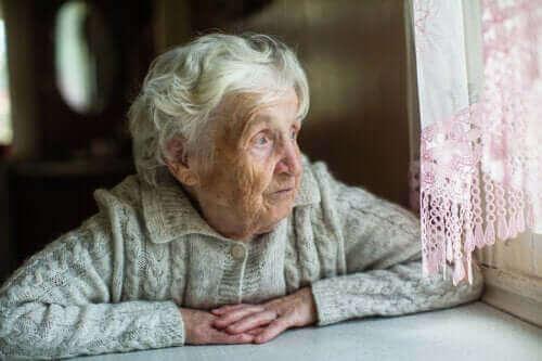 Suosituksia ikääntyneille karanteenin ajaksi