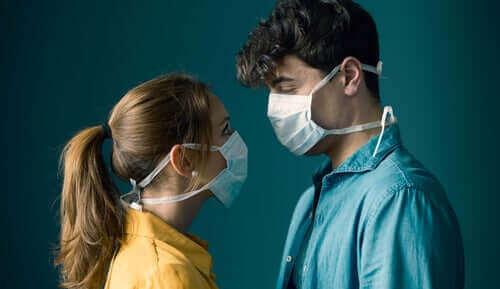 Voiko koronavirus tarttua sukupuoliyhteyden välityksellä?