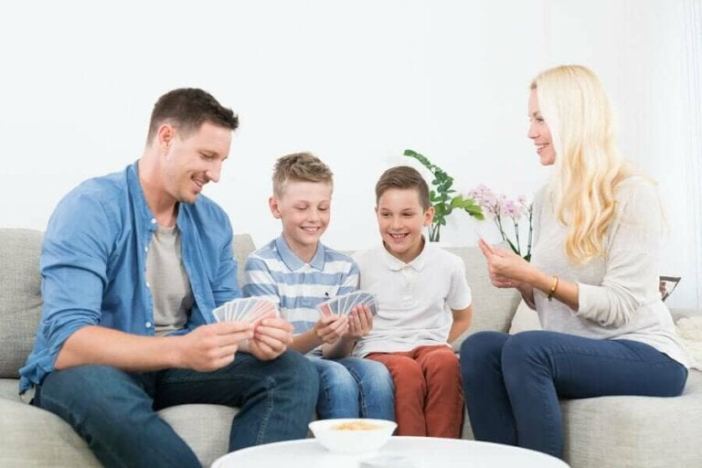 Vinkkejä perheen yhteiseloon karanteenin aikana