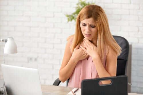 Hengenahdistus: mikä sitä aiheuttaa ja kuinka sitä hoidetaan
