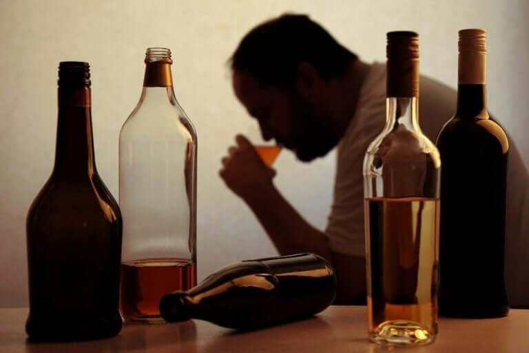 Alkoholinmyynti on noussut rajusti pandemian aikana