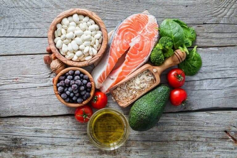 Marjoja ja kalaa sisältävä pohjoismainen ruokavalio on yhtä terveellinen kuin Välimeren ruokavalio