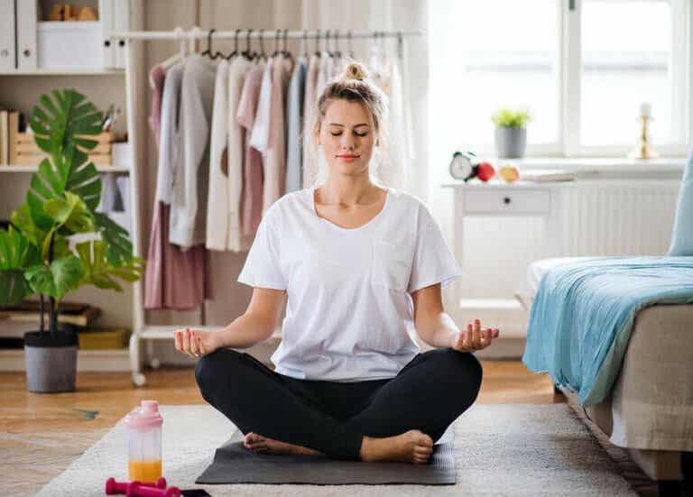 10 vinkkiä, joiden avulla voit huolehtia mielenterveydestä karanteenin aikana