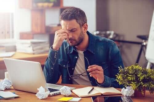 Loman jälkeinen masennus voi vaikeuttaa töihin palaamista