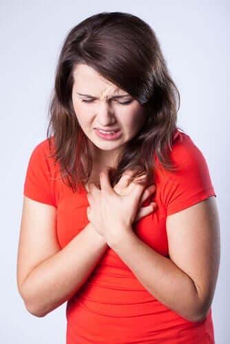 Mitä rintakivusta tulee tietää?