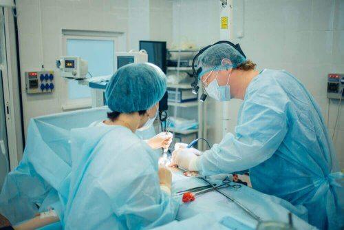 Vasektomia on turvallinen kirurginen toimenpide