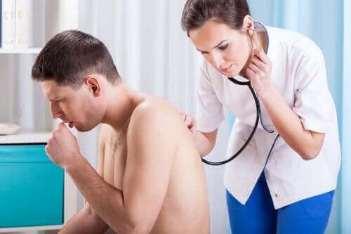 Tietynlainen yskä on syy mennä lääkäriin