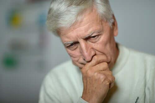 Iäkkään väestön keskuudessa on myös hyvin yleistä, että ihmisellä esiintyy hampaisiin liittyviä ongelmia, jotka voivat vaikuttaa ruokahaluun