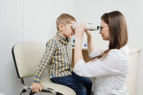 Retinoblastooma: oireet, syyt ja hoito