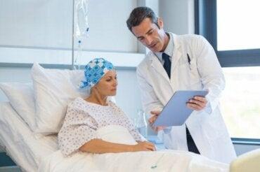 Syöpähoitojen sivuvaikutukset