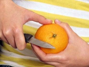 Tulisiko hedelmät syödä kuorineen vai ilman kuoria?