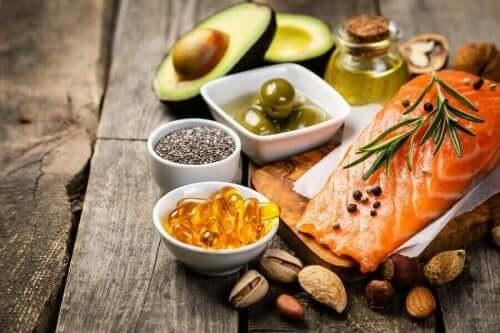Rasvainen kala on omega-3:n lähde, jonka positiiviset vaikutukset aivoihin on tutkimuksissa havaittu