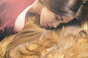 6 luonnollista öljyä, jotka edistävät hiusten kasvua