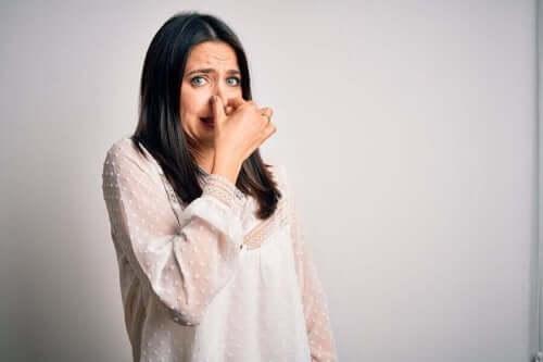 Peseytymättömyys aiheuttaa pahaa hajua