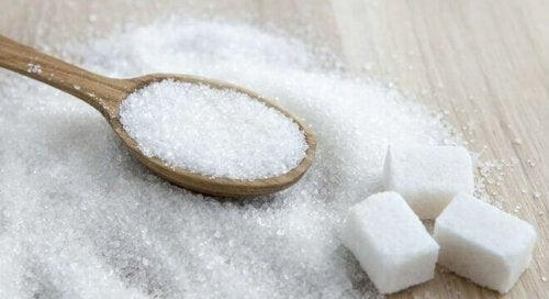 Runsaasti sokeria sisältävän ruokavalion noudattaminen raskauden aikana ei ole suositeltavaa