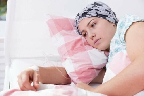 Syöpä vaikuttaa potilaan fyysiseen sekä psyykkiseen terveyteen