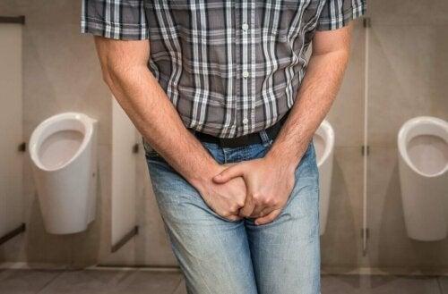 Ikääntyminen on osoittautunut yhdeksi riskitekijäksi sekä miesten että naisten virtsatietulehdusten tapauksissa