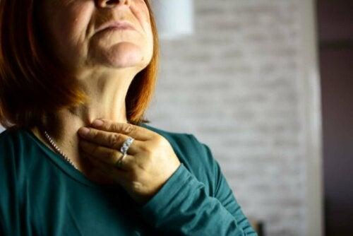 Kurkunpääntulehdus on monipuolinen patologia, koska sen syntyyn löytyy useita eri syitä