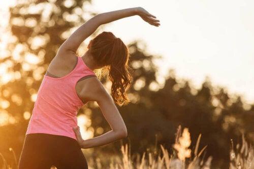 Ylensyönnin vaikutukset voidaan ehkäistä liikunnalla.