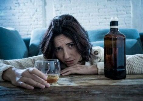 Syöpää voi ehkäistä pitämällä alkoholinkäytön maltillisena.