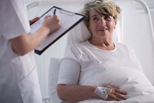 Palliatiivinen hoito auttaa kohentamaan elämänlaatua.