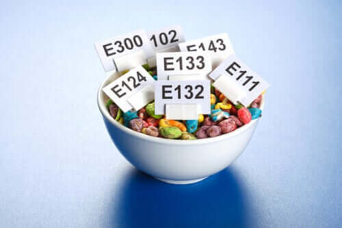 Kuinka ruoan lisäaineet vaikuttavat elimistöön?