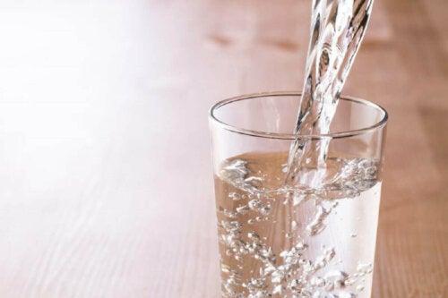 Lapselle parhaita janojuomia ovat vesi ja maito