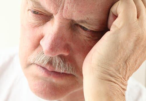 Alzheimerin tauti ja muutokset unirytmissä.