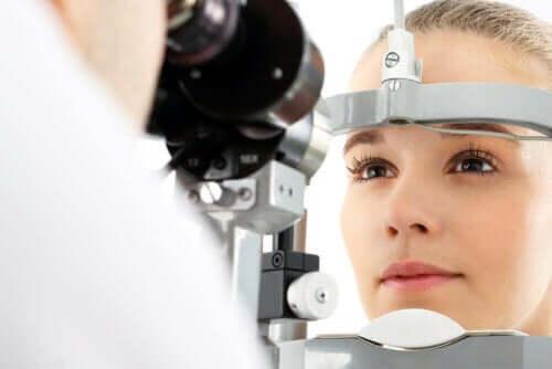 Glaukooma havaitaan silmänpainemittauksessa