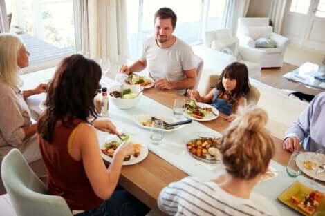 Illallisen syöminen varhain voi auttaa ehkäisemään diabetesta