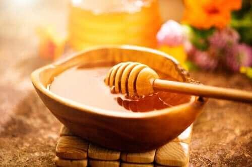 Hunaja ja diabetes: glykeemisen indeksin vaikutus
