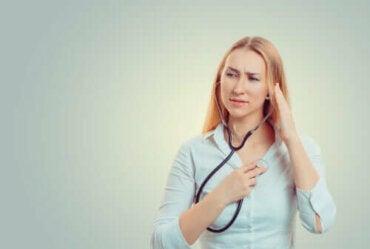 Liiallinen huoli omasta terveydestä
