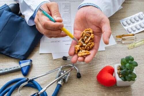 Tiesitkö, että saksanpähkinät alentavat verenpainetta?