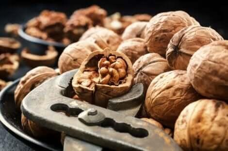 Saksanpähkinät alentavat verenpainetta