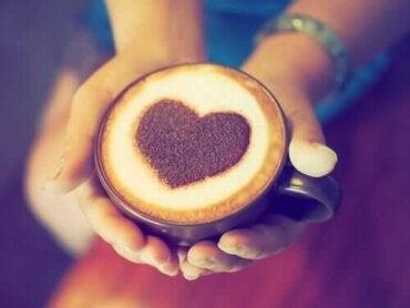 Kahvin ja sydänkohtausten välinen yhteys