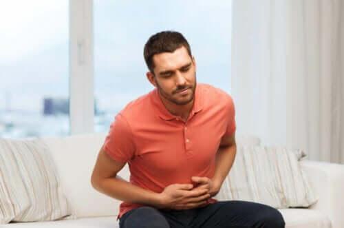 Lakritsijuuri voi auttaa vatsakipujen lievittämisessä.