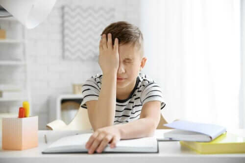 Migreeni voi olla lapsella yhtä lamaannuttavaa kuin aikuisella