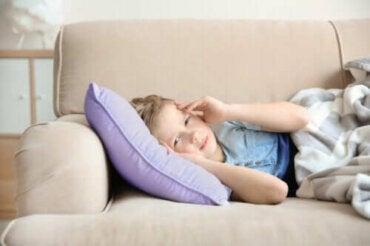 Migreeni lapsella: oireet ja hoito
