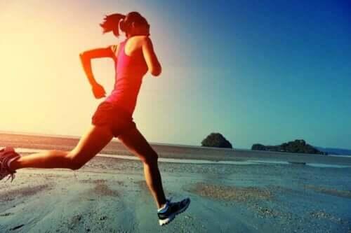 Liikunta vapauttaa onnellisuushormoneja