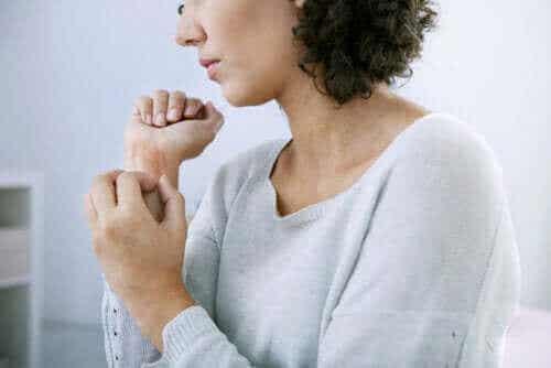 Krooninen nokkosihottuma: eri tyypit ja niiden piirteet